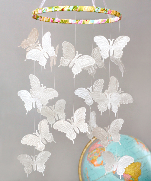 paper butterfly craft ideas paper butterfly mobile favecrafts 5072